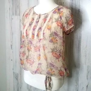 🎄a.n.a Sheer Floral Top Sz. Petite Small